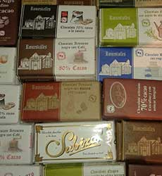 <strong>CHOCOLATES</strong>